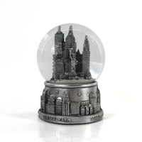 New York theme souvenir building snow globe