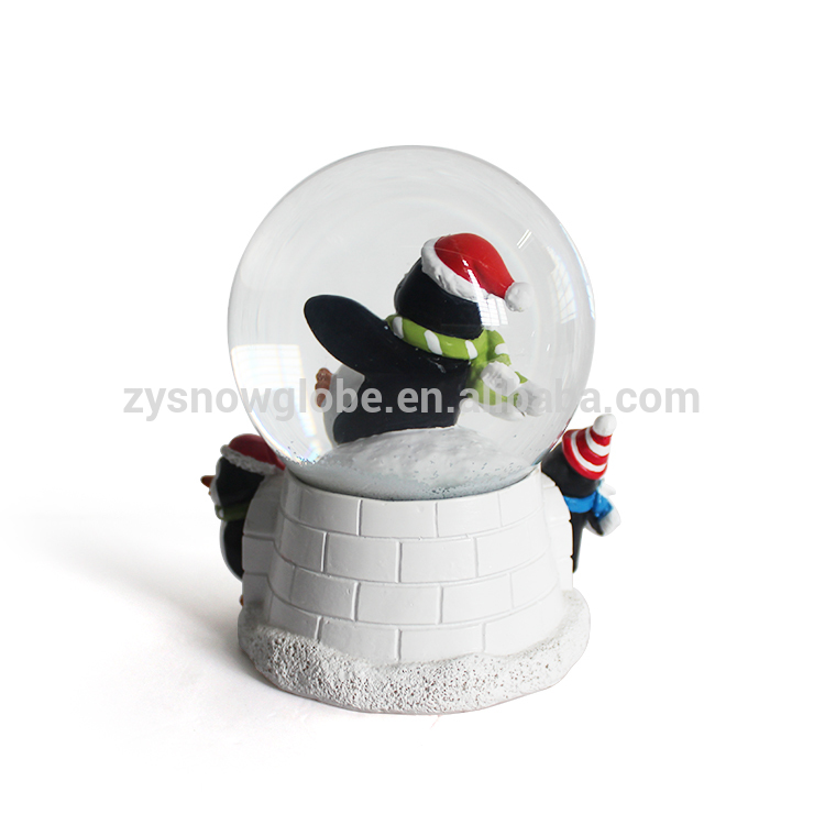 10cm diameter resin penguin snow globe