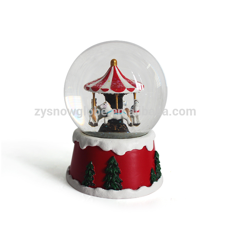 OEM customized resin glass snow globe